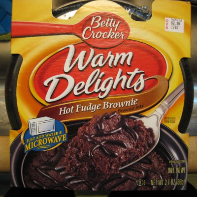 picture of Betty Crocker box of Warm Delights microwave brownies