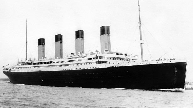 image of the RMS Titanic sailing peacefully