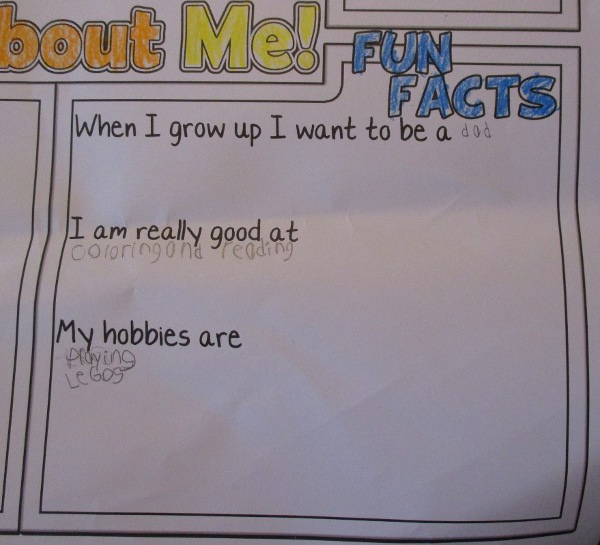image of what a kindergartener wrote for fun facts about himself