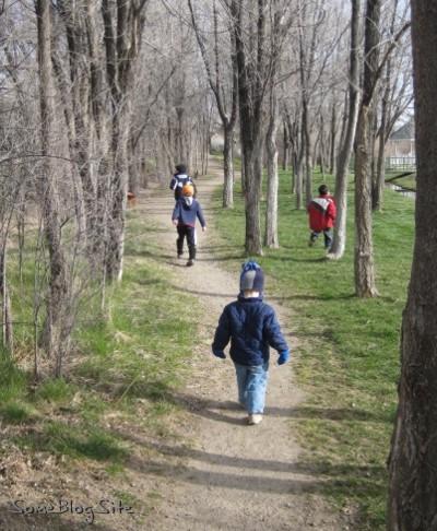 photo of children walking through a park in Idaho