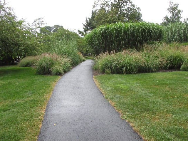 photo of a path in Hershey Gardens